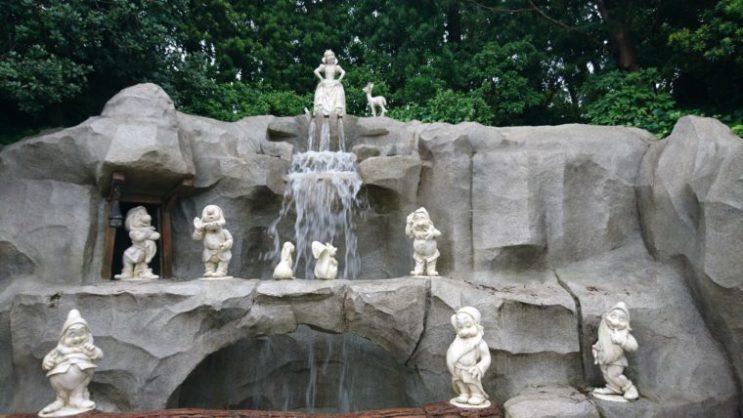 白雪姫の井戸4